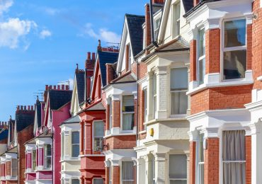 5 ways you could be missing out by not using a mortgage adviser